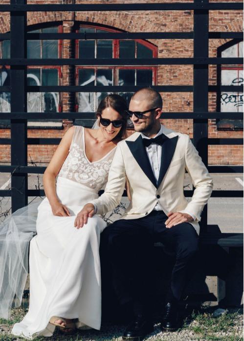 Sidsel og Lasse super cool brudelook med skræddersyet brudekjole