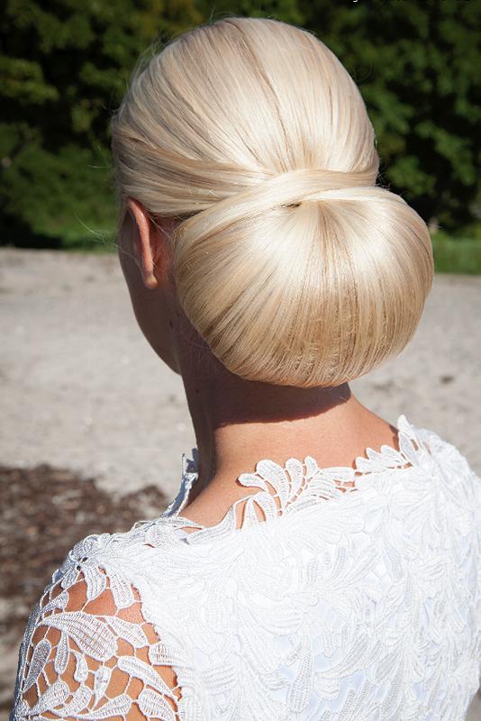 Brude frisure Chanel knude