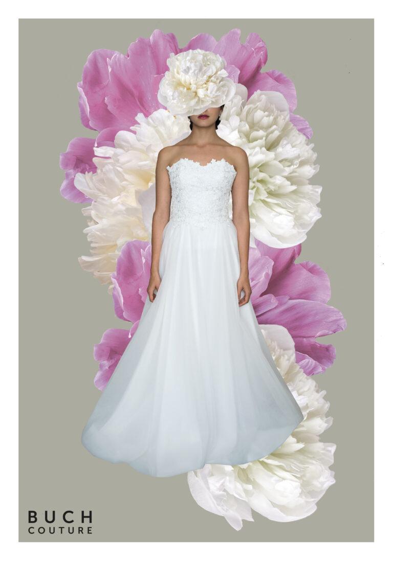klassisk prinsessekjole og brudekjole med elegant corsage i blonde og et stort smukt skørt