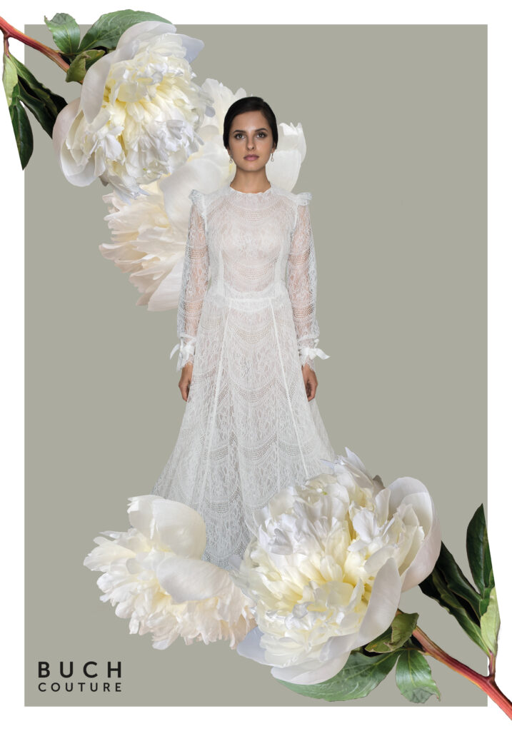 sofistikeret, figursyet brudekjole i den fineste, letteste blonde understøttet af silkeorganza med lange ærmer