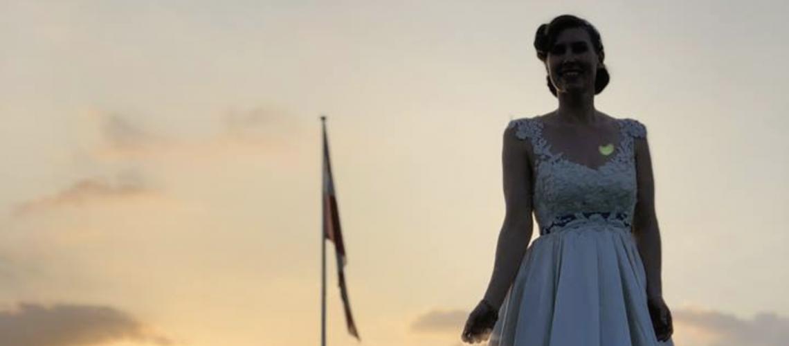 Unik vintage brudekjole lavet af en ældre kjole
